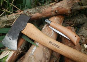 Werkzeuge & Bushcraft